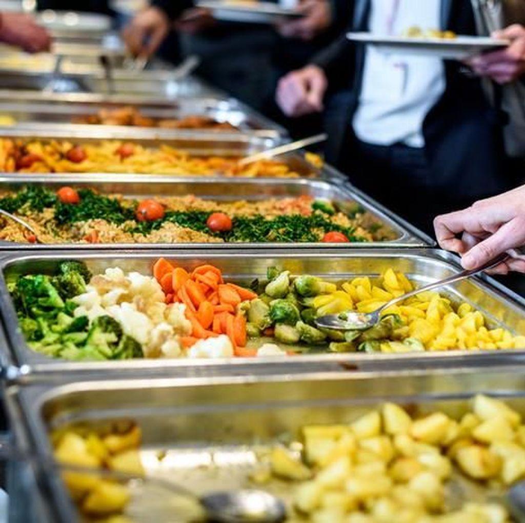 Makanan Pesta Nikahan Sisa Banyak? Bagikan Lewat A Blessing to Share