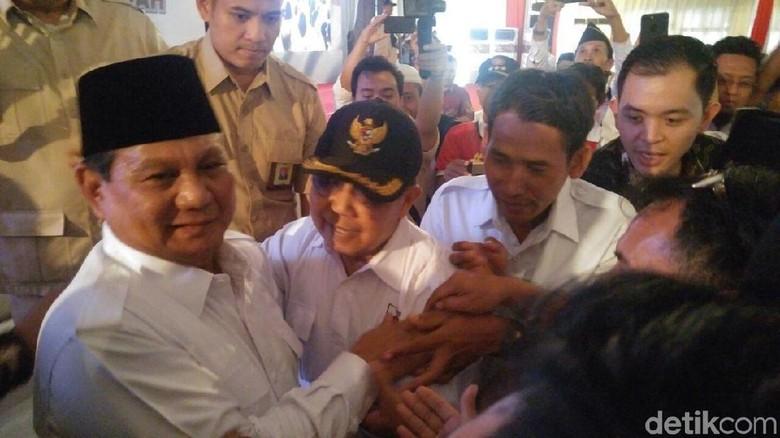 Prabowo Prihatin Bung Karno Dijadikan Ikon Partai