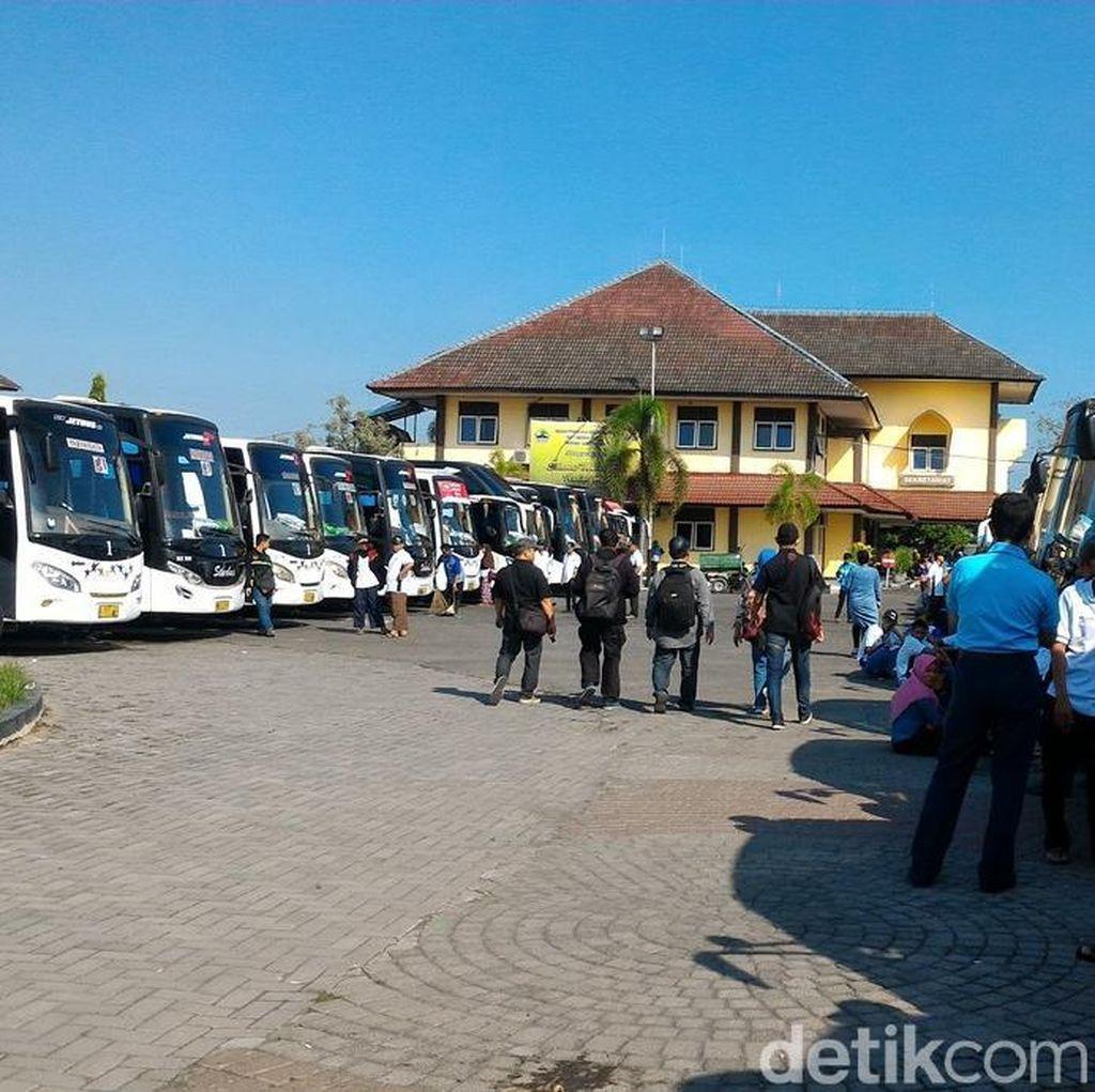 70 Bus Angkut Pemudik dari Solo Raya Kembali ke Jakarta