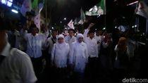 Ricuh, Pendukung Paslon 1 Tak Bergelang Memaksa Masuk Arena Debat