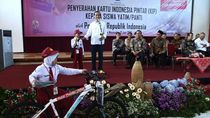 Momen Jokowi Bagi-bagi Sepeda hingga Kini Tak Laku Lagi