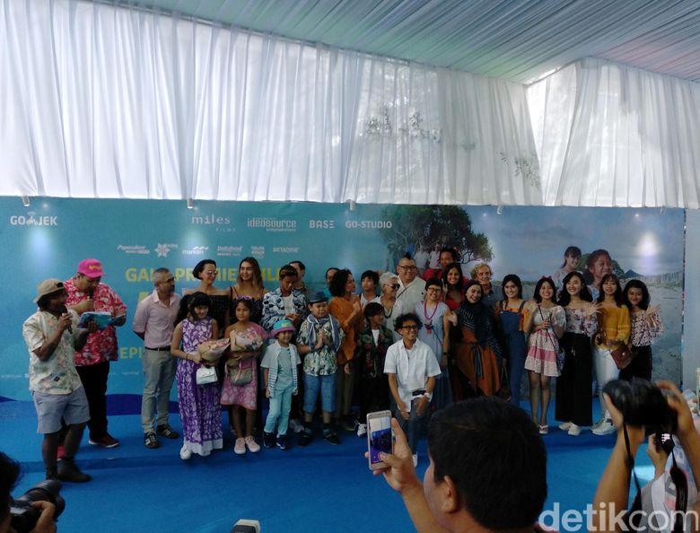 Gala premiere Kulari ke Pantai garapan Miles Film pun digelar di XXI Epicentrum Kuningan, Jakarta Selatan. Foto: Mahar/ detikHOT