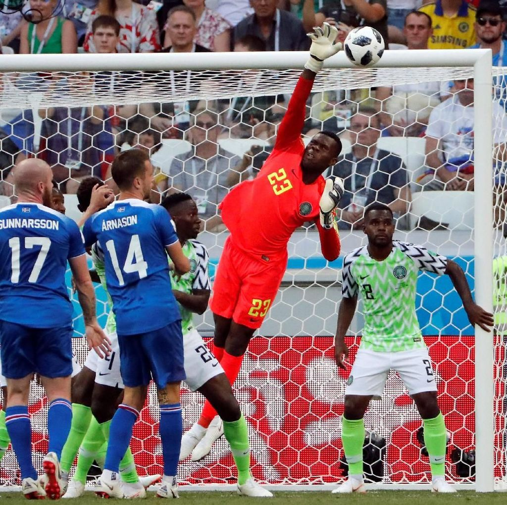 Torehan Istimewa dari Kiper Termuda Piala Dunia 2018