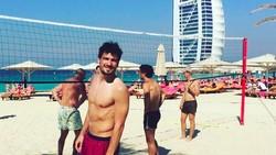 Mats Hummels punya hobi olahraga lain selain sepak bola loh. Kapten timnas Jerman ini juga doyan basket dan voli untuk mengisi waktu luang.