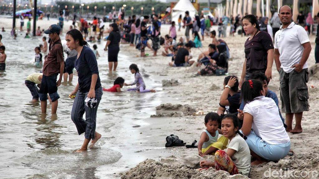 Yuk! Intip Keseruan Berlibur di Pantai Lagoon Ancol