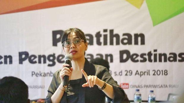 Ketua Tim Percepatan Pembangunan Pariwisata Pedesaan dan Perkotaan Kementerian Pariwisata, Vitria Ariani