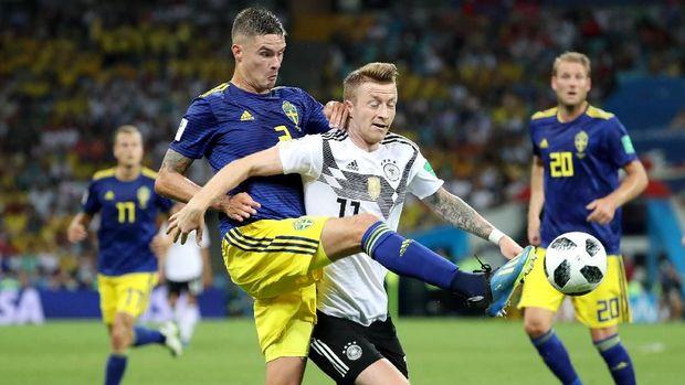 Kehadiran Marco Reus jadi pembeda dalam permainan Jerman.