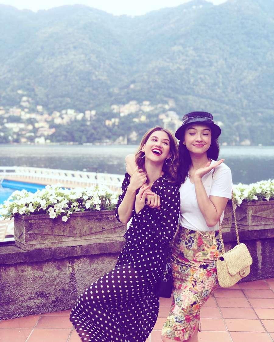 Friendship Goals Kompaknya Raline Shah Dan Millane Fernandez Inanews Produk Ukm Bumn Gaun Putih Maya Raisa Kebaya