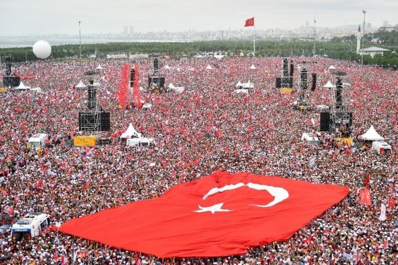 Jual Beli 'Serangan' Erdogan vs Ince Jelang Pemungutan Suara