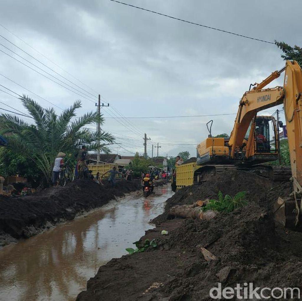 Pasca-Banjir Bandang, Irigasi Dinormalisasi agar Sawah Terairi