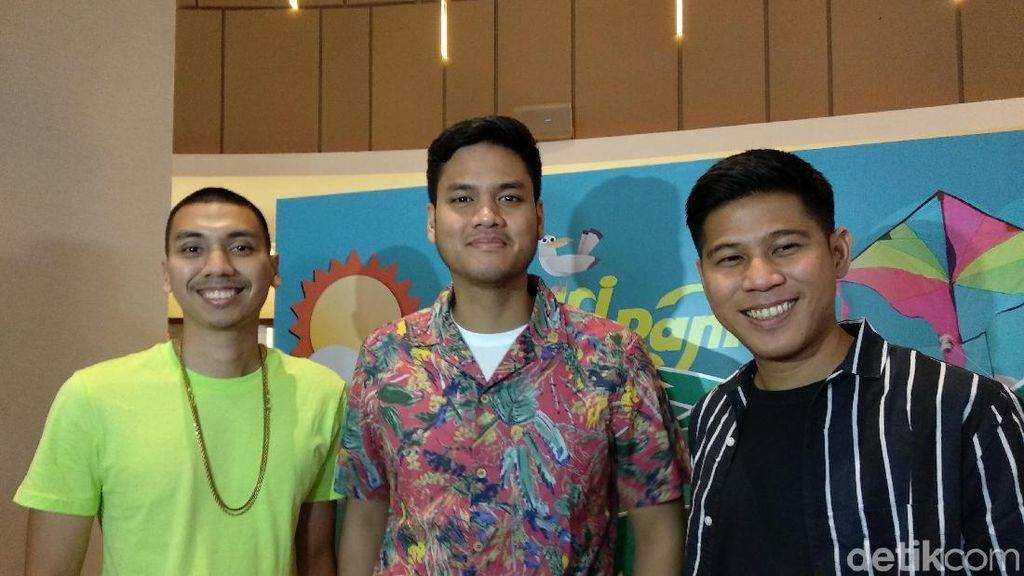 RAN Ciptakan Lagu Kulari ke Pantai Sampai Liburan ke Gorontalo