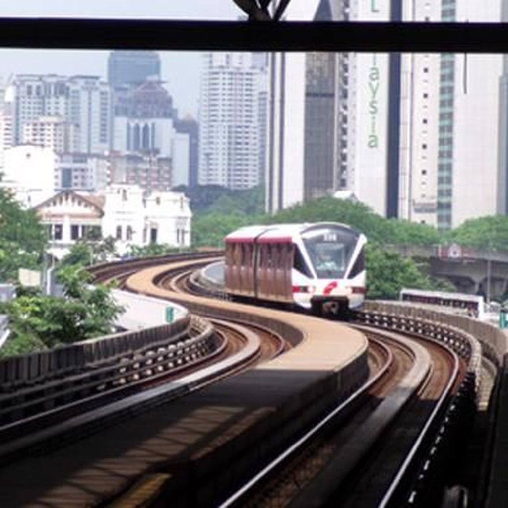Malaysia Sudah Lebih Dulu Punya LRT, Berapa Ongkos Bangunnya?