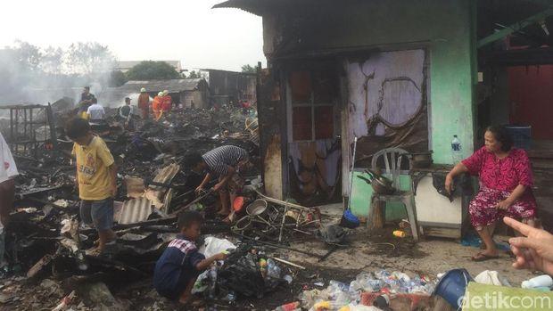 Kisah Sedih Endarti, Gagal Mudik karena Uangnya Ludes Dilalap Api