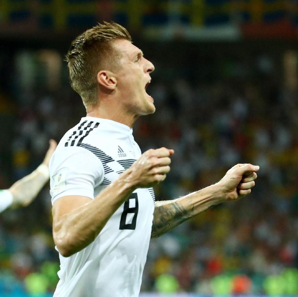 Dramatis, Jerman Kalahkan Swedia 2-1