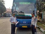 Bus Tanpa Rem dan Spidometer Dikandangkan di Kp Rambutan