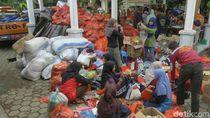 Bupati Anas Instruksikan Bantuan Banjir Bandang Lewat Satu Pintu