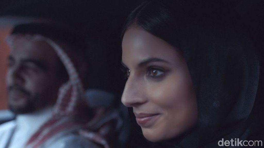 Produsen Mobil Buka Pintu pada Wanita Arab Saudi