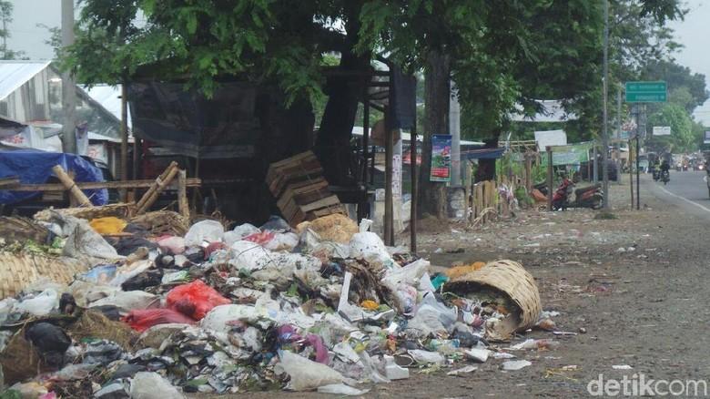 Selama Libur Lebaran, Sampah di Tegal Capai 600 Ton Per Hari
