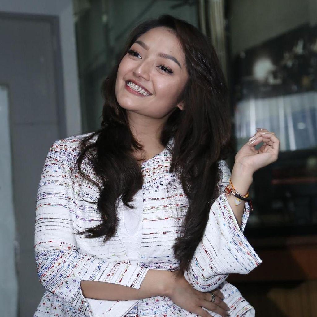 Lagi Syantik Tembus 160 Juta Views, Siti Badriah Penuhi Nazar