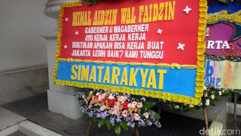 Karangan Bunga Gaberner dan Wagaberner di Balkot DKI Dipindahkan