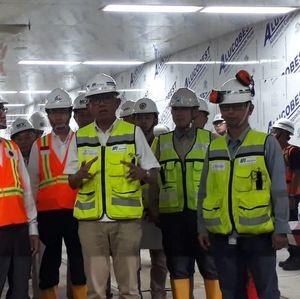 Menlu Jepang Blusukan ke Terowongan Bawah Tanah MRT Jakarta