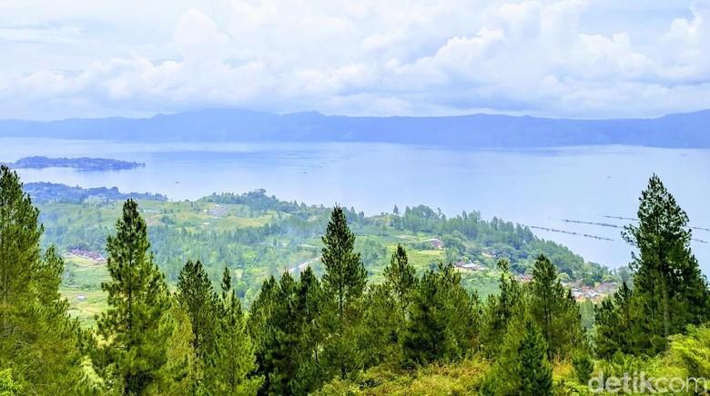 Ilustrasi pemandangan Danau Toba (Sena Pertiwi/detikTravel)