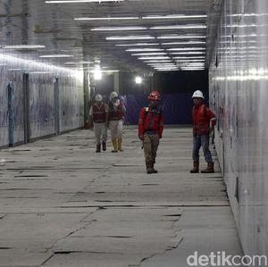 Video: Menlu Jepang Blusukan ke Terowongan MRT Jakarta