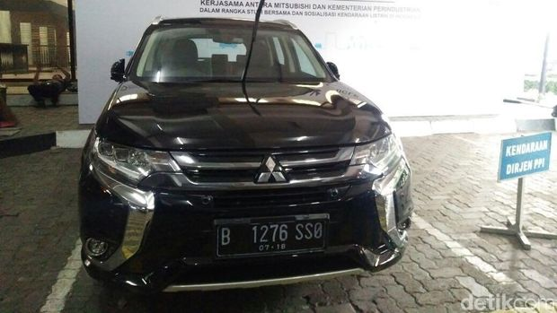 Mobil sumbangan Mitsubishi untuk pemerintah