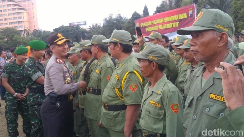 123 Ribu Linmas Bantu Polisi dan TNI Amankan Pilkada di Jateng