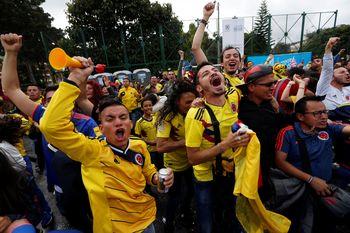 Gelak Tawa dan Airmata di Pertandingan Kolombia VS Polandia