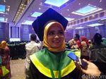 Cerita Anak Petani Jadi Wisudawan Terbaik UMI Makassar