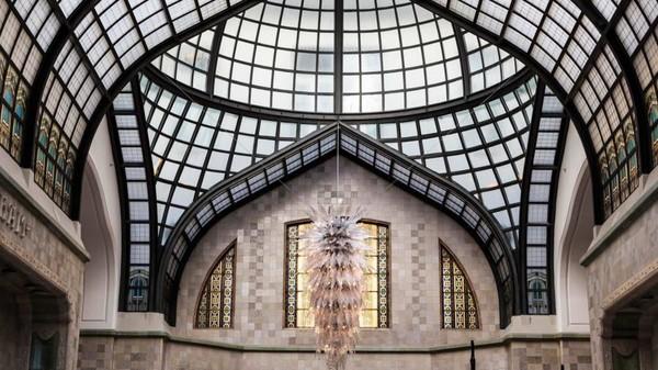 Menjadi salah satu hotel paling mewah di Budapest, Four Seasons Hotel Gresham Palace masuk dalam sejumlah film, termasuk Spy yang dibintangi Melissa McCarthy dan Jude law (Four Seasons Hotels and Resorts)