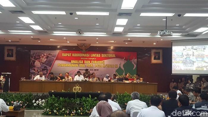 Kapolri hingga Wiranto rapat evaluasi pengamanan mudik 2018 (Foto: Zunita Amalia Putri/detikcom)