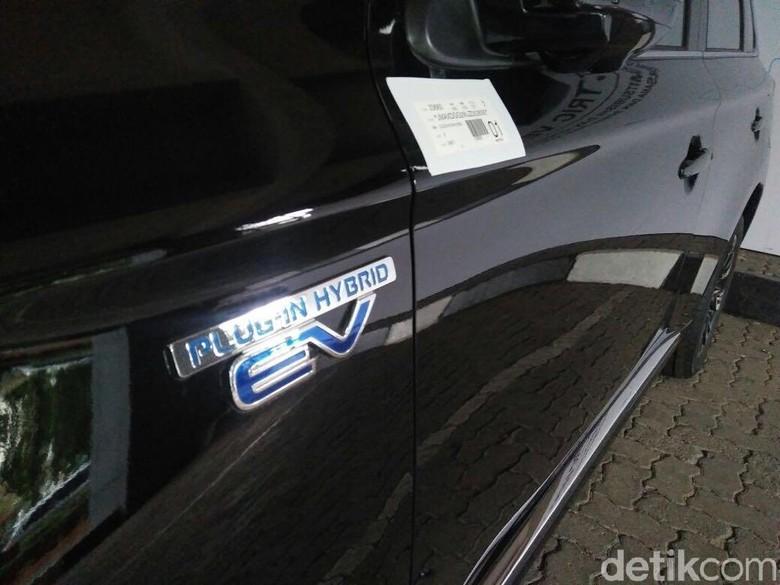 Mobil listrik dari Mitsubishi untuk Pemerintah Indonesia. Foto: Khairul Imam Ghozali