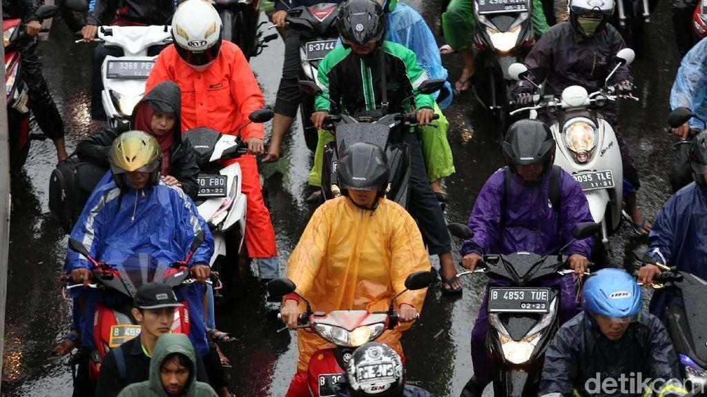 Wacana Pembatasan Motor di Jalanan? Pengamat: Setop Bikin Motor di Atas 100cc