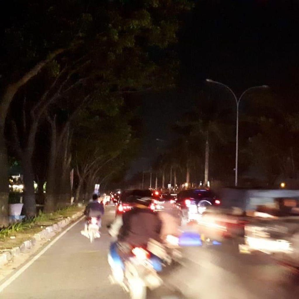 Pekanbaru, Kota Ber-APBD Rp 2,4 Triliun yang Jalannya Gelap Gulita