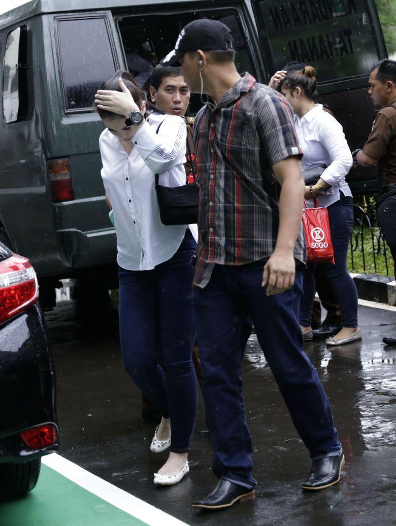 Jennifer Dunn tiba di Pengadilan Negeri Jakarta Selatan pada siang ini, Senin (25/6). Pool/Palevi S/detikFoto.