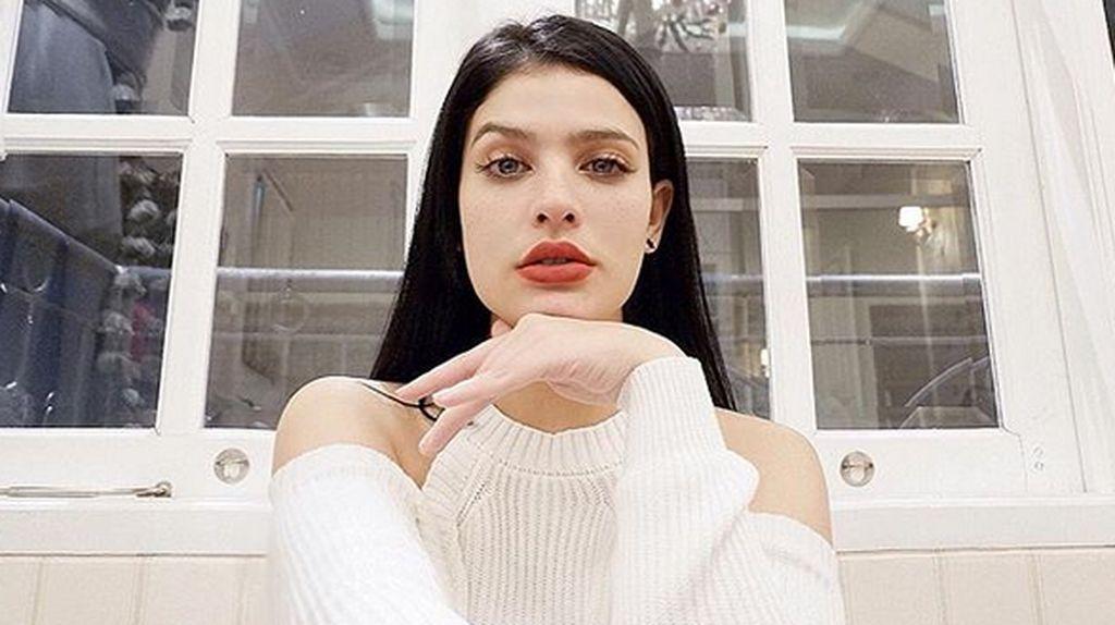 Pesona Brina Bafagih Vanderhoeven Istri Komo Ricky yang Cantik