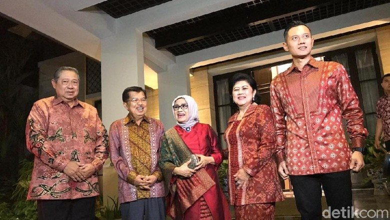 Jamuan SBY untuk JK: Makanan Lebaran