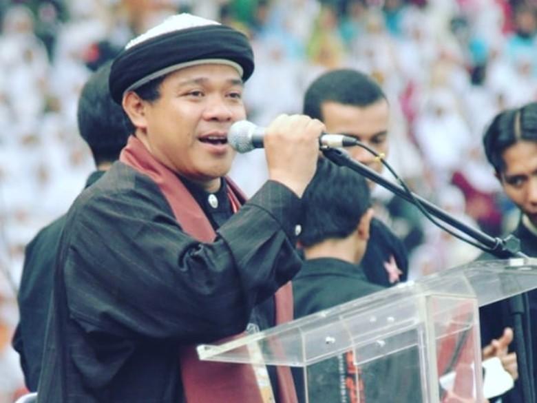 Ngefans, Abdul Somad Syukuri Pernah Sepanggung bareng Hari Moekti
