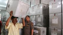 Pendistribusian Logistik Jelang Pemilu di Berbagai Kota di Indonesia