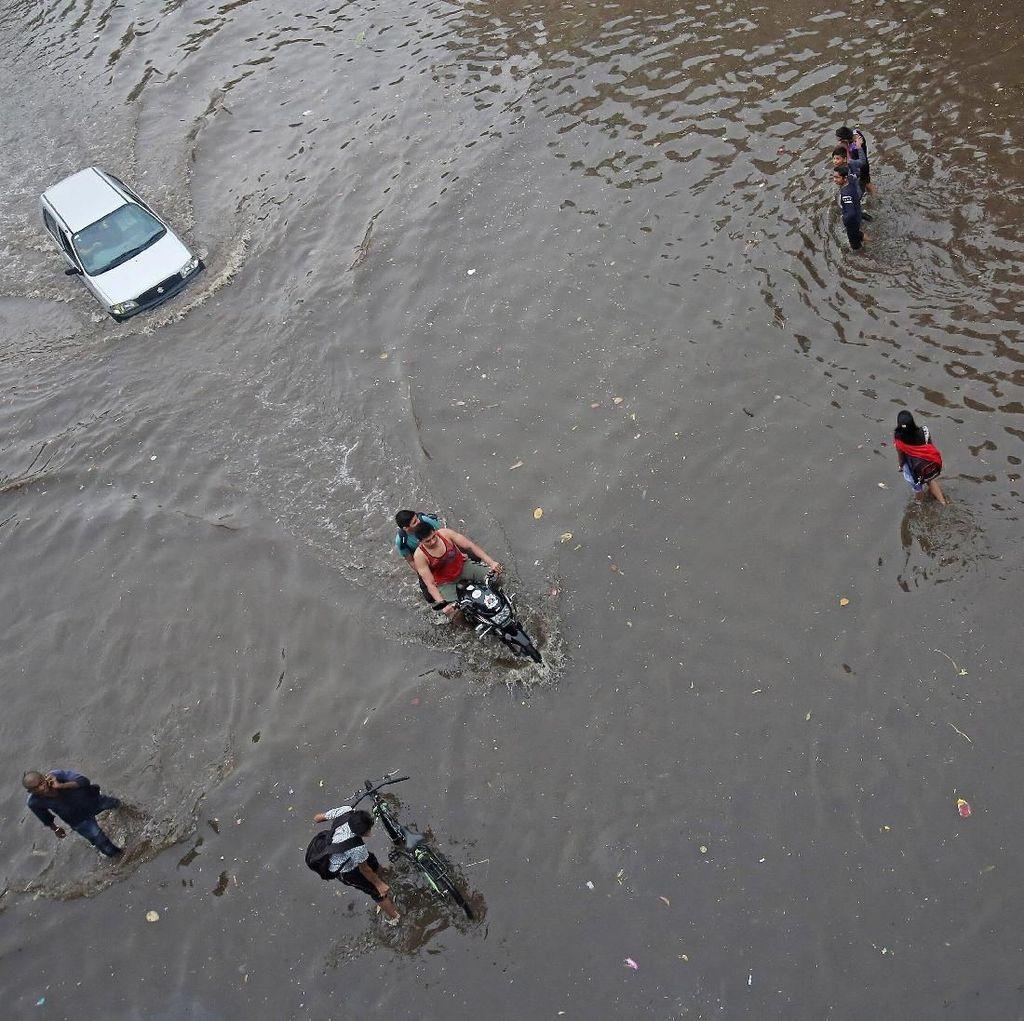 Cuaca Ekstrem, Warga India juga Kebanjiran
