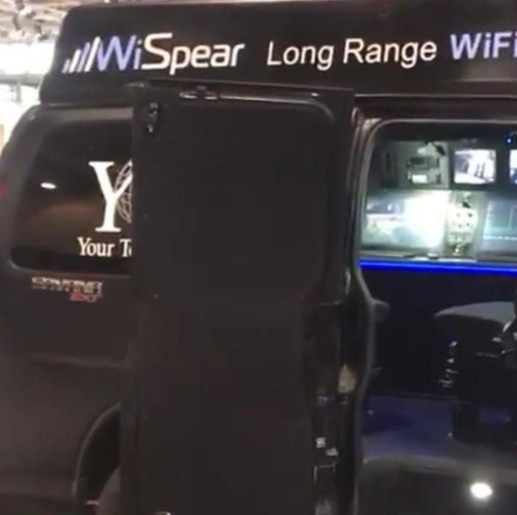 SpearHead 360, Mobil Peretas iPhone dan Android