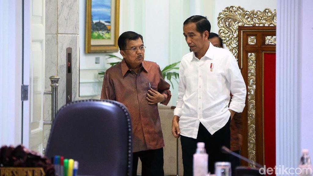 Jokowi Minta BUMN Kurangi Bahan Baku Impor