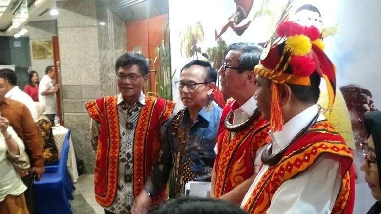 Menpar Arief Yahya usai meluncurkan Festival Yaahowu di Gedung Sapta Pesona (Randy/detikTravel)