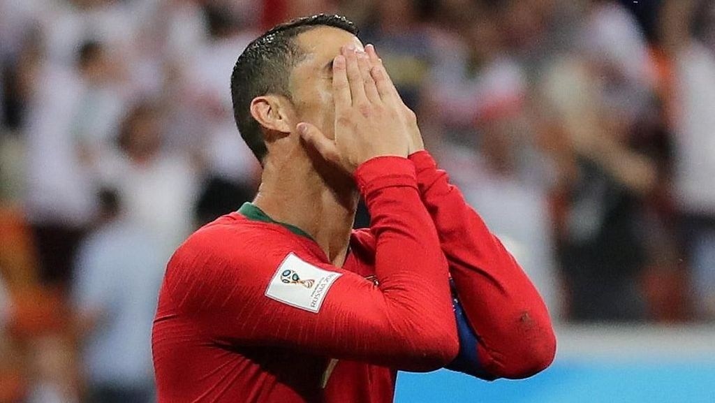 Ronaldo Gagal Penalti, Portugal Runner Up