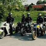 Motor Retro Yamaha Dimodifikasi Jadi 6 Gaya Keren