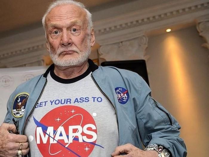 Astronot AS, Buzz Aldrin, gugat dua anaknya sendiri karena masalah keuangan