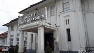 171 Tenaga Kesehatan di RSHS Bandung Positif Corona