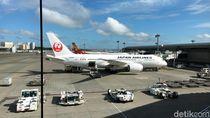 Truk Katering Tabrak Japan Airlines di Soetta, Bodi Pesawat Sobek